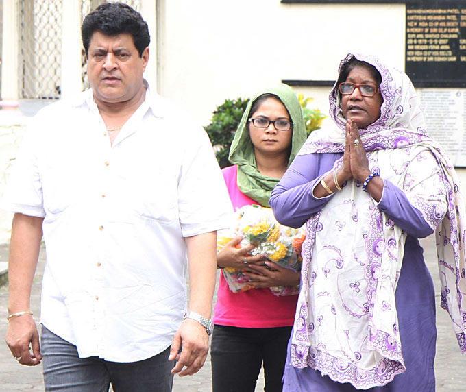 Gajendra Chauhan at Funeral Of Filmmaker B R Ishara