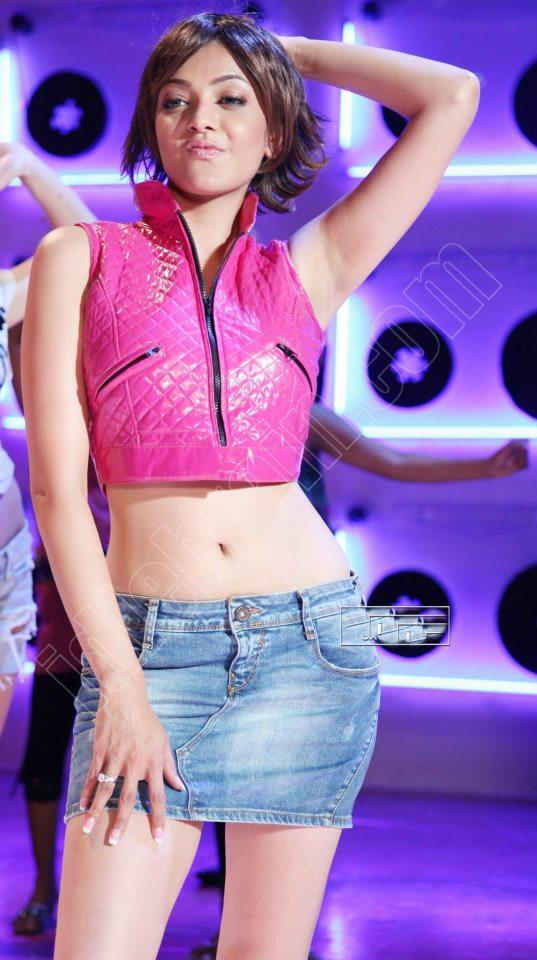 Kajal Agarwal Gives a View Of Her Curvy Figure
