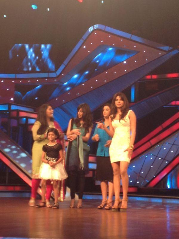 Ileana with Priyanka On The Sets of Dance Ke Superkids For Barfi Promotion