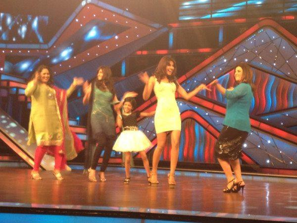 Priyanka,Ileana,Farah and Geeta Dance Still On The Stage Of Dance Ke Superkids