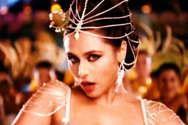 Rani Mukherjee Super Sexy In Aiyyaa Movie