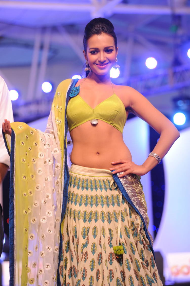 Exclusive Pic Of Heroine Ramp Walk At South Spin Fashion Awards