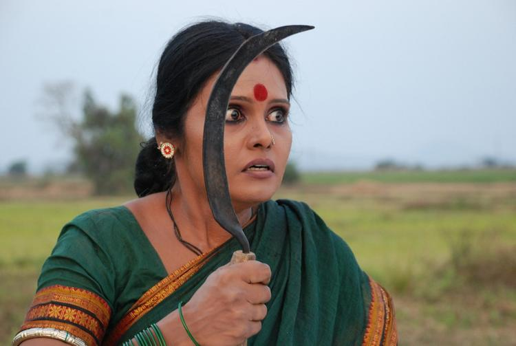 Chakali Ilamma Movie Preethi Nigam Angry Look In Green Saree