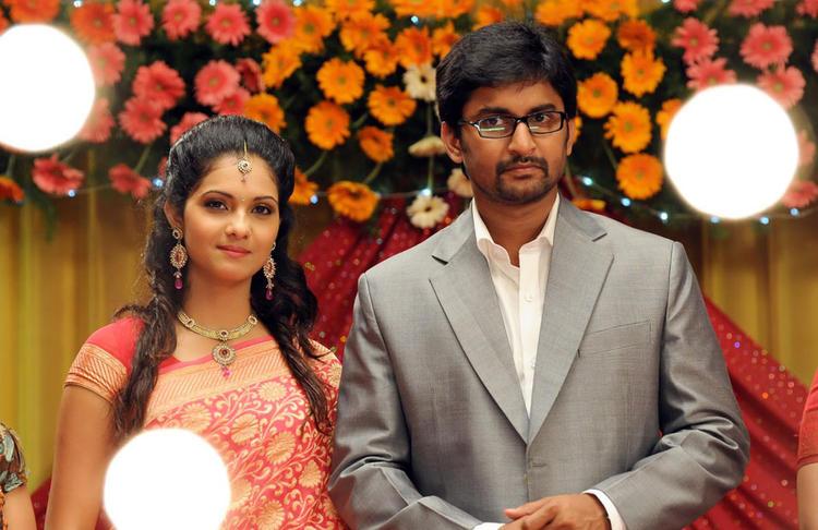 Naveen And Samantha Glamorous Look Still From Yeto Vellipoyindi Manasu Movie
