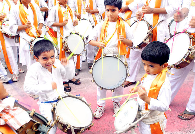 Children Are Participated In Dhol Pathaks