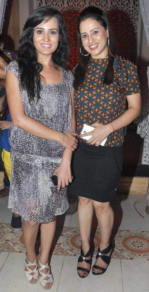 Pooja With A Friend At The Success Bash Of Yeh Rishta Kya Kehlata Hai
