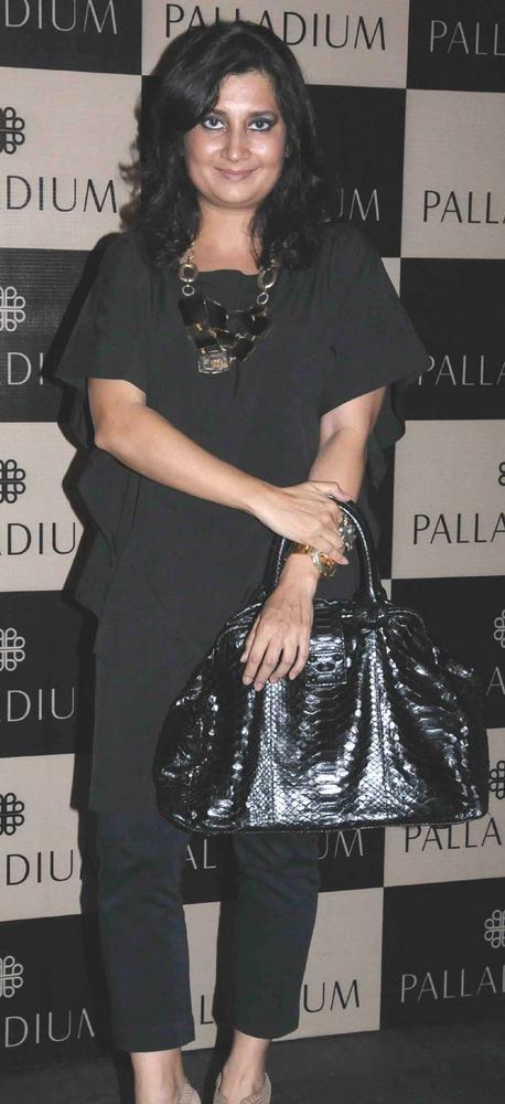 Divya Palat Smiling Face Look Still At Get Spooked Bacha Party