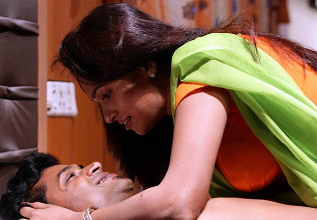 Sarathi And Govindh Romance Still From Soundarya Tamil Movie