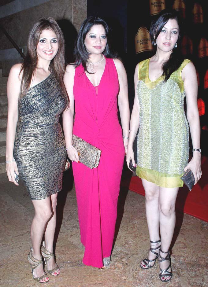 Aditi And Arzoo With A Friend Pose For Camera At BPFW