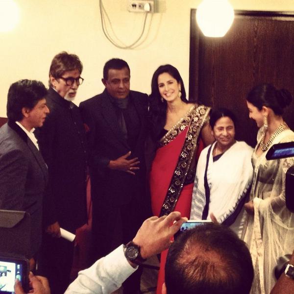 Katrina,Shahrukh,Anushka,Amitabh,Mithun And Mamata In A Special Moment At The Kolkata Film Festival