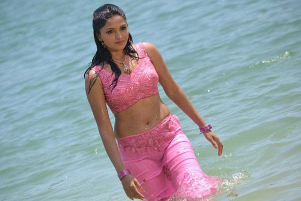 Sunaina Wet Sexy Still