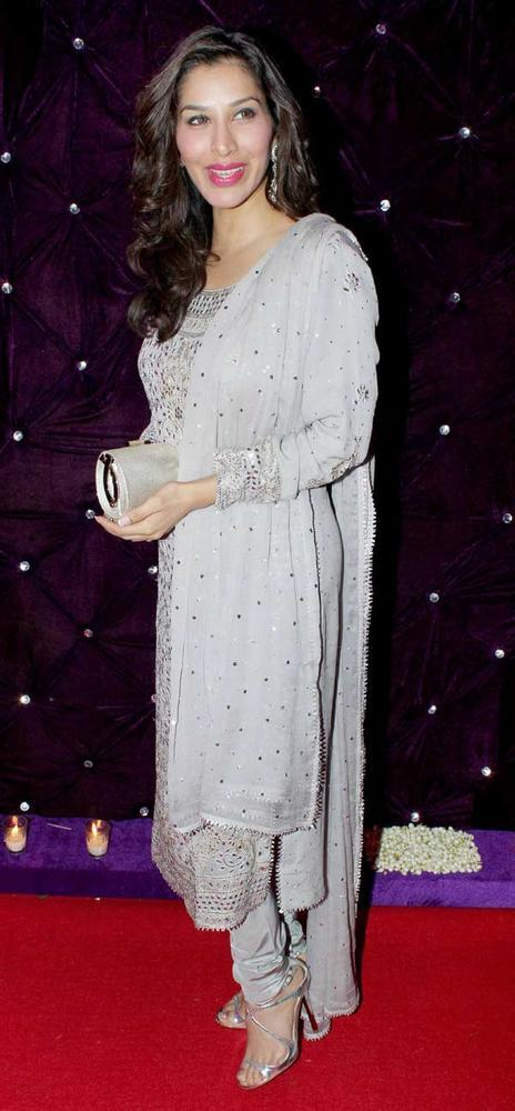 Sophie Chaudhary Attend At Kiran Bawa's Diwali Bash