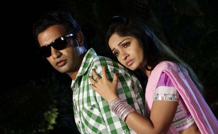 Tarakaratna And Madhavi Sad Expression Still From Chudalani Cheppalani Movie