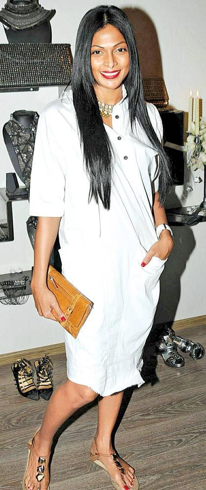 Nina Posed At At Atosa Preview For Designer Gaurav Gupta And Kanika Saluja
