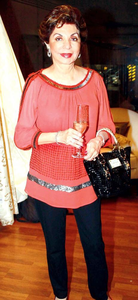 Sabira Snapped With Her Drink At Splendour Collection Launch In Mumbai