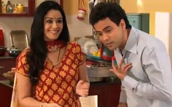 Mona Singh And Pawan Shankar Nice Acting Still From Kya Huaa Tera Vaada