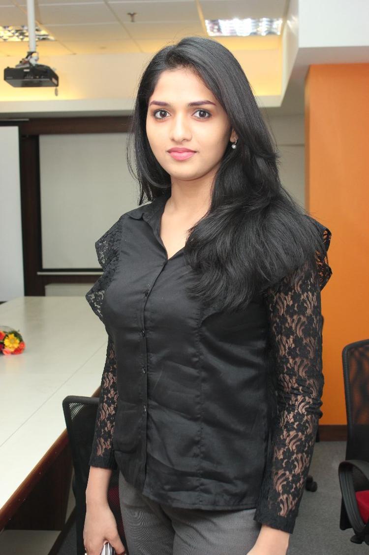 Sunaina Glamour Look Still