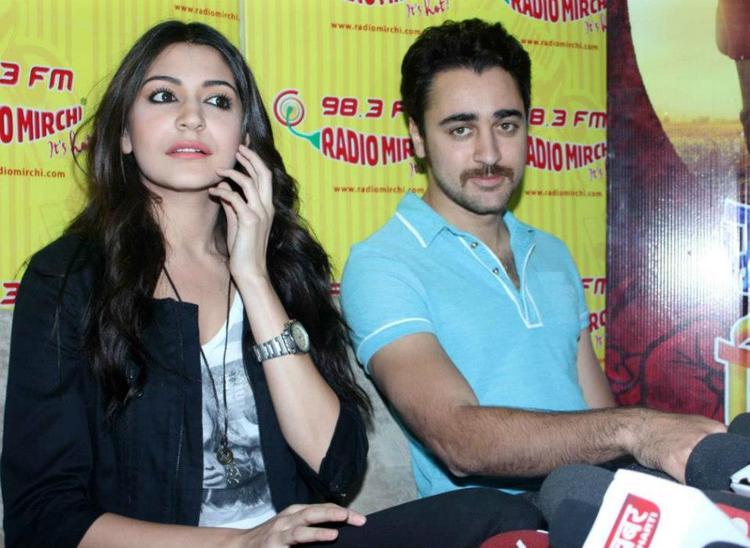 Anushka And Imran Snapped At Matru Ki Bijlee Ka Mandola Music Launch Event