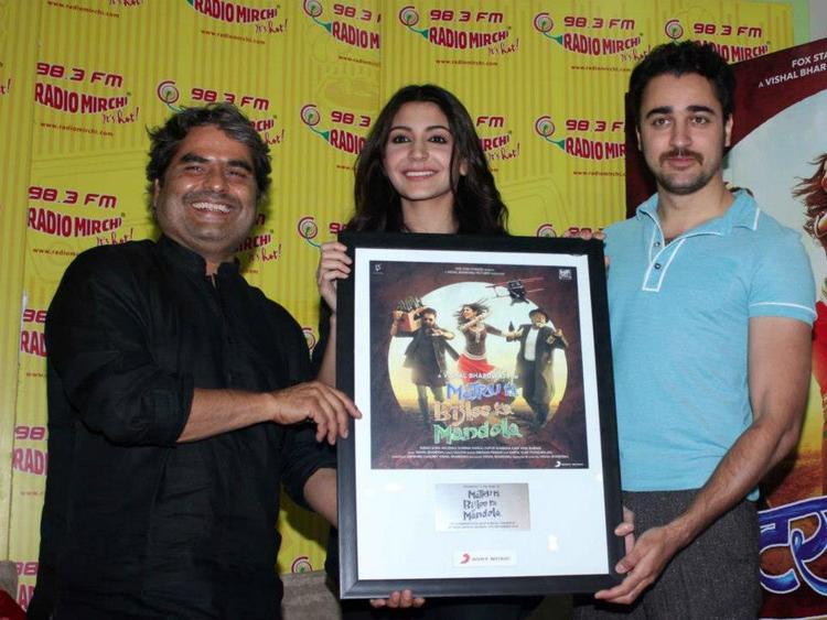 Vishal,Anushka And Imran Photo Clicked At Matru Ki Bijlee Ka Mandola Music Launch Event