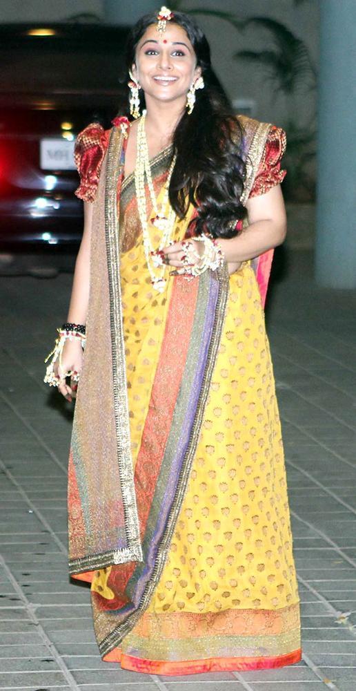 Vidya Balan Looked Gorgeous In Saree At Her Mehendi Ceremony