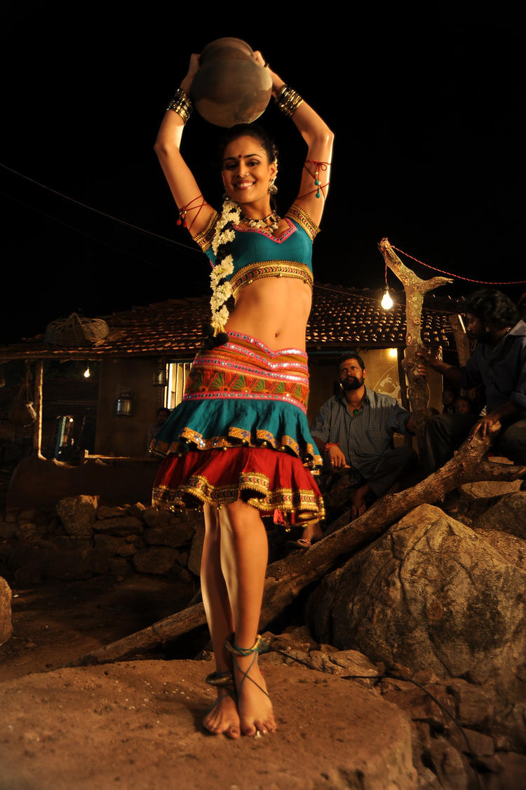 Nathalia Sexy Legs Show Still From Dhalam Item Song