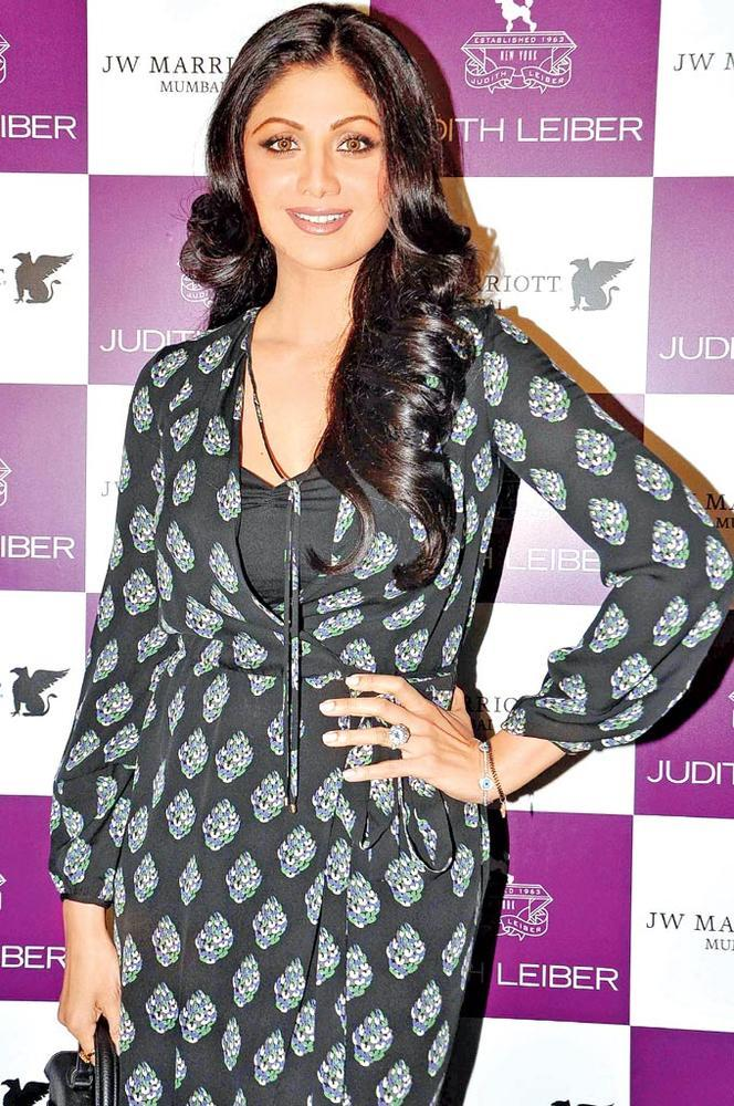 Shilpa At The Launch Of Judith Leiber New Collection Of Clutches