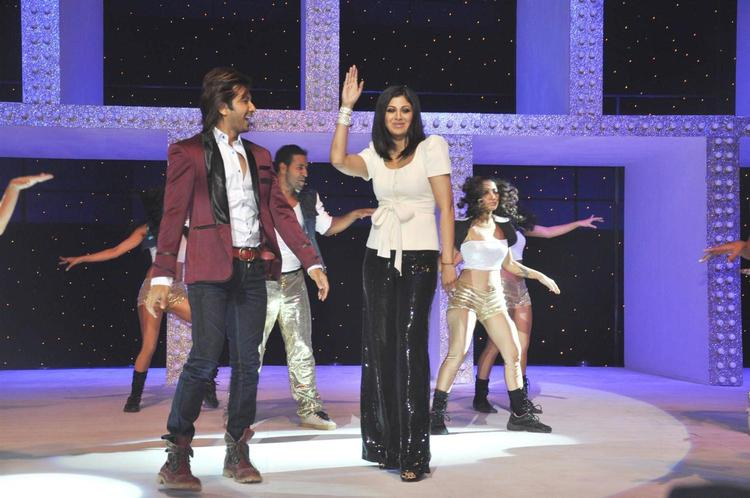 Shilpa Shetty And Terence Lewis Shake Their Legs At Nach Baliye Season 5 Launch Event
