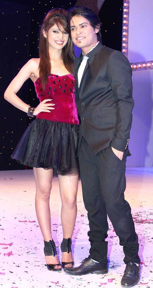Amarjeet With Girlfriend Shakti Sexy Cosy Pose At The Launch Of Nach Baliye Season 5