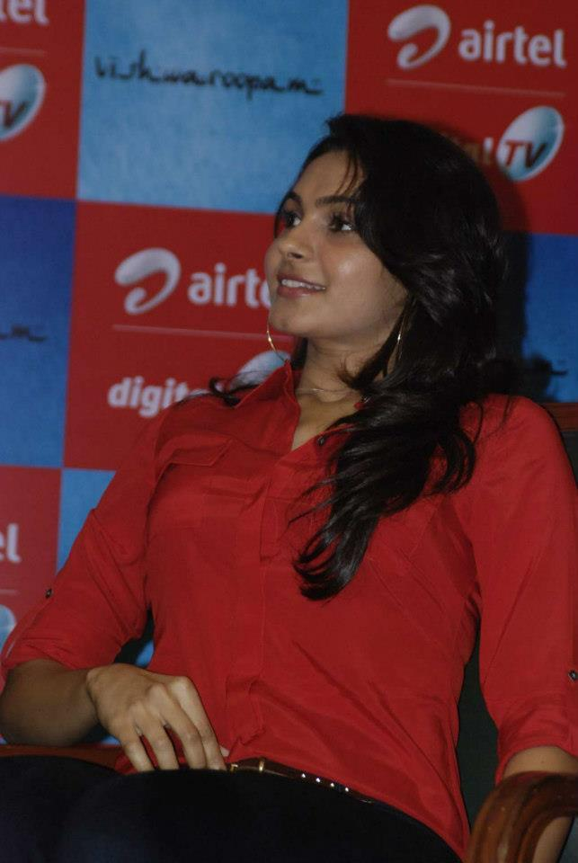 Andrea Attend The Airtel DTH TV Launch To Promote Movie Vishwaroopam