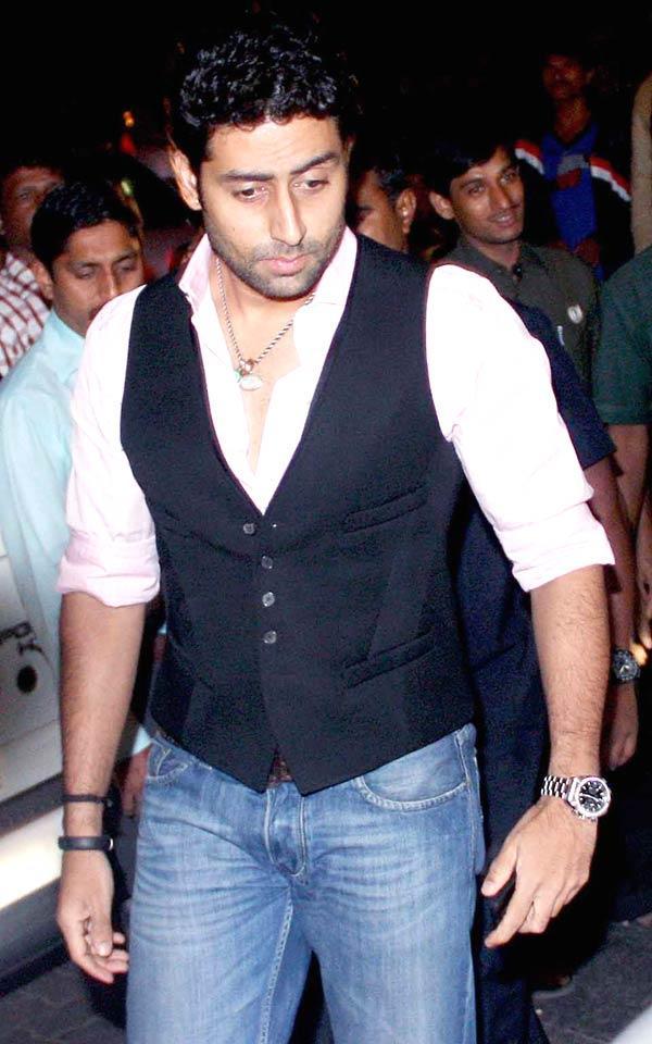 Abhishek Bachchan Snapped At Bunty Walia Wedding Reception Bash