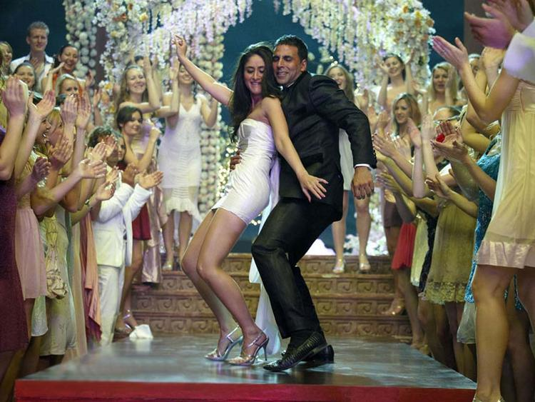 Kareena Kapoor Dance with Akshay Kumar