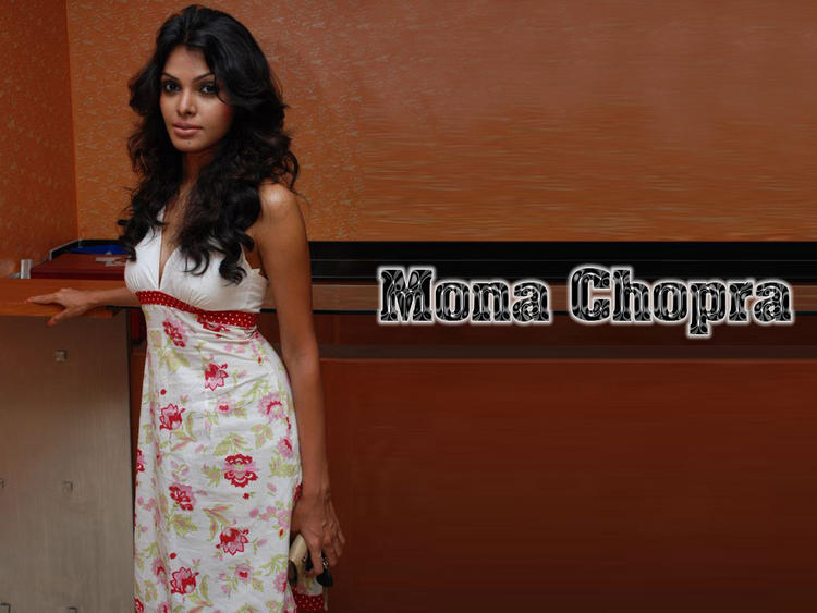 Mona Chopra Black Curly Hair Wallpaper