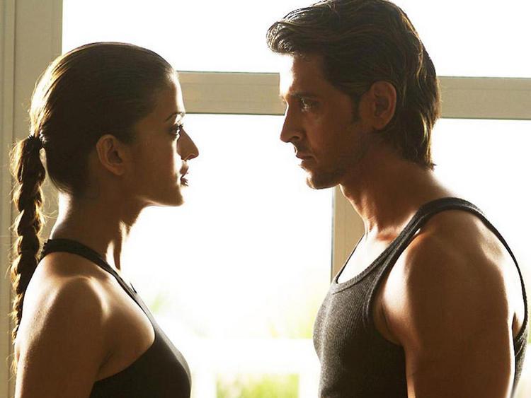 Aishwarya Rai and Hrithik Roshan in Dhoom 2