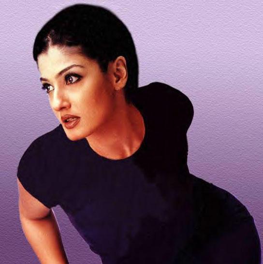 Raveena Tandon Hottest Wallpaper
