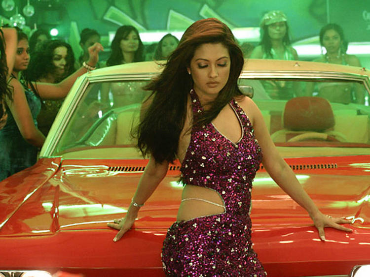 Riya Sen Hot Dressing Pic