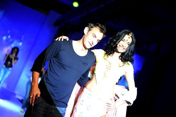 Sarah Jane Dias Walk at ABIL Pune Fashion Week