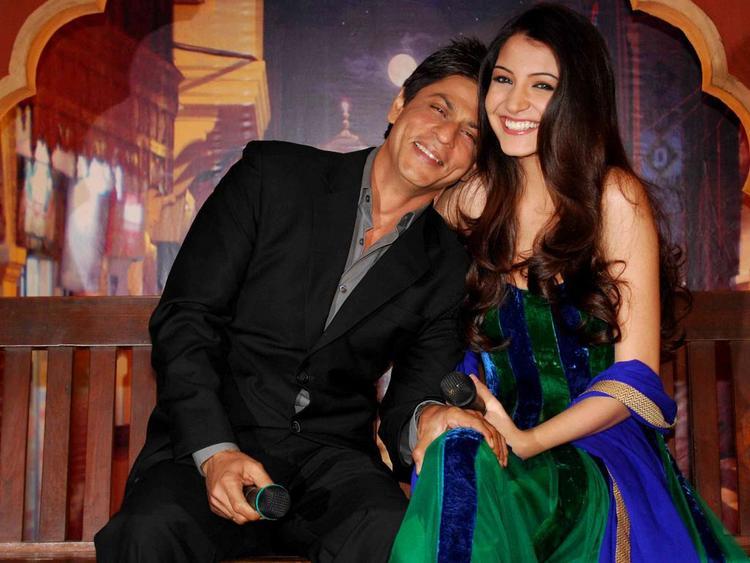 Anushka Sharma With Shahrukh Khan Comes Together