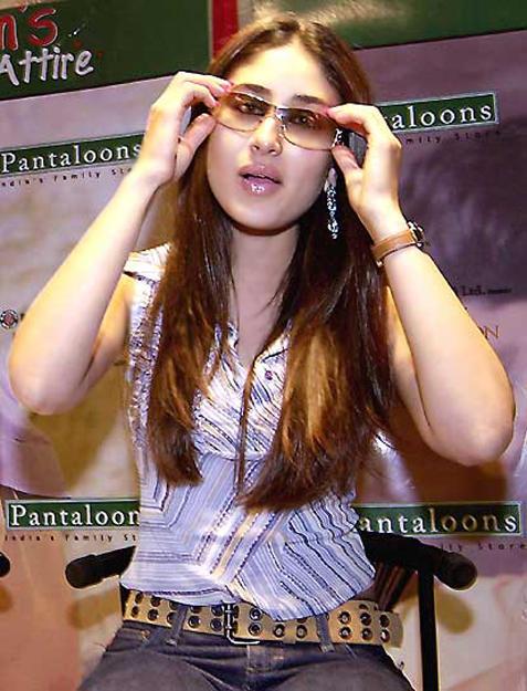Hot Stylist Kareena Kapoor Cute Still