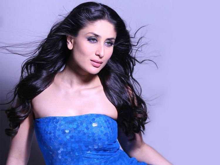 Kareena Kapoor Sleeveless Dress Sexy Photo Shoot