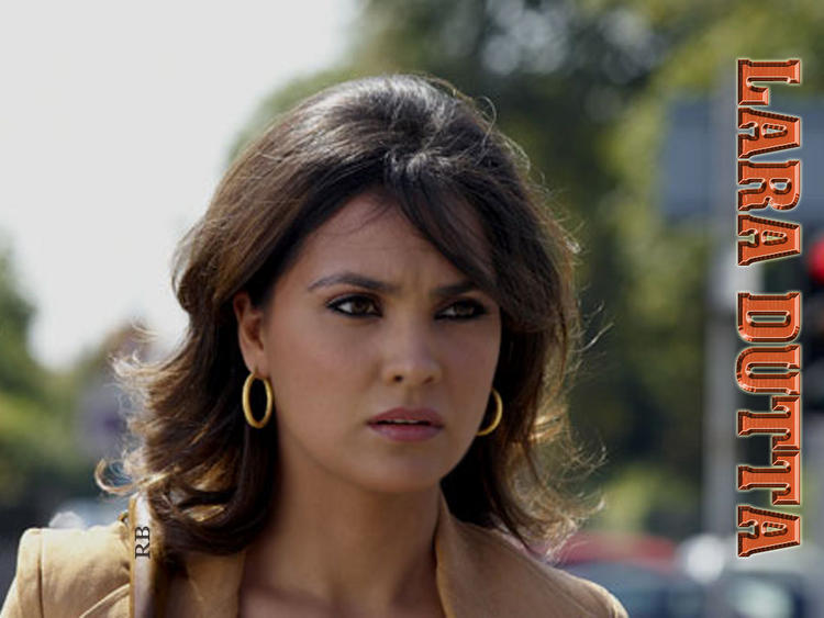 Lara Dutta Shocking Face Look Wallpaper