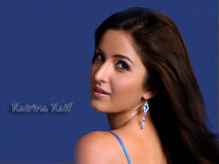Katrina Kaif Romancing Face Look Wallpaper