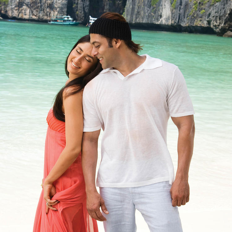 Salman Khan and Kareena In Main aur Mrs Khanna
