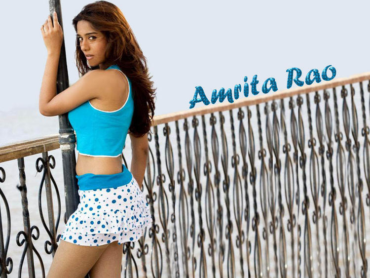 Amrita Rao Spicy Wallpaper In Mini Dress