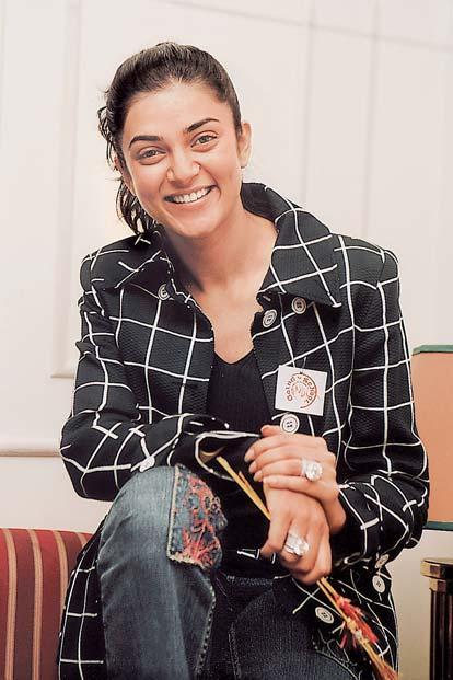 Cut Sushmita Sen Smiling Face Still
