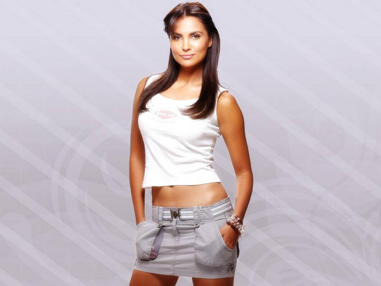 Lara Dutta Hot Photo Shoot In Mini Skirt