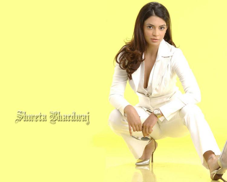 Shweta Bhardwaj Bold Photo Shoot