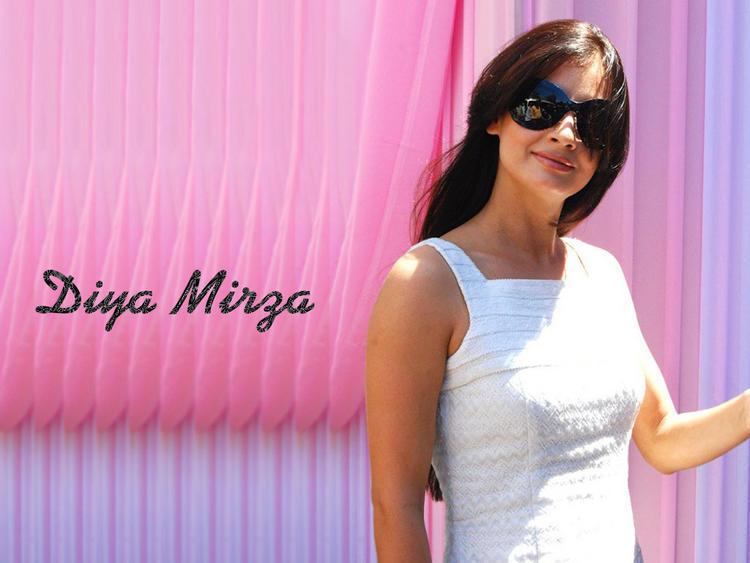 Diya Mirza Stylist and Stunning Wallpaper