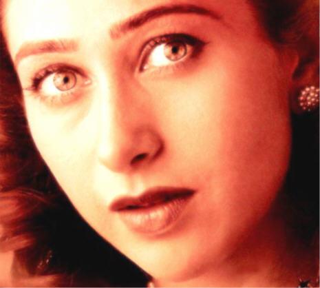 Karishma Kapoor Hot Red Eye Look Still