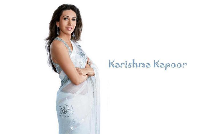 Karishma Kapoor Sexy Still In Saree