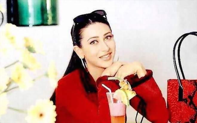 Karishma Kapoor Sizzling Photo Shoot